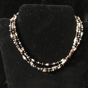Jewelry - Black and Brown Beaded Necklace